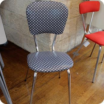 meubles vintage chaises fauteuils chaise de cuisine ann es 60 fabuleuse factory. Black Bedroom Furniture Sets. Home Design Ideas